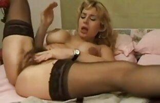 Blonde Frau ziehen Sie den Stecker und gab Sie zu Frau, sex mit reifen frauen gratis Mann