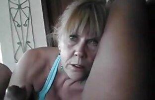 Tiffany Dawson hob den großen Koffer ihres Geliebten mit reife damen wollen sex ihren Lippen und nahm ihn in die Muschi