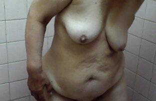 Schönheit wrap faux Bolzen mit reifefrausex langen Haaren und masturbieren boner auf webcam