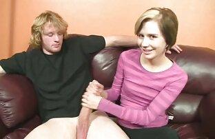 Der junge steckte den starken reife mature sex Stiel high heel Reife pussy im Bett